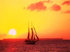 Key West - Sunset by <b>bronzebrick</b> ( a Panoramio image )