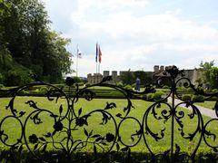 Castle garden by <b>Svjetlana Peric</b> ( a Panoramio image )