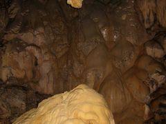 Wind Cave (Borneo) by <b>bigair_de</b> ( a Panoramio image )