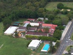 Rochedale State School by <b>Fnorgle</b> ( a Panoramio image )