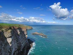 Cliffs of Fowlsheugh, Crawton by <b>GDavidson</b> ( a Panoramio image )