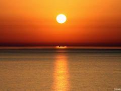 the golden boat(JUNE CONTEST) by <b>stratis@rt</b> ( a Panoramio image )