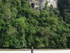 Beach entrance to Tabon Caves, Quezon, Palawan Philippines  by <b>Luc Valencia</b> ( a Panoramio image )