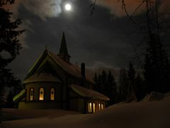 Chapel in Troms?  by <b>Florian Gomez</b> ( a Panoramio image )