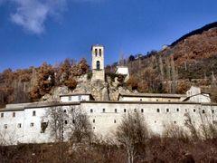 """PRECI. Sant""""Eutizio by <b>Roberto Tomei</b> ( a Panoramio image )"""