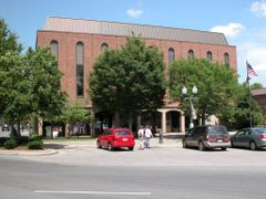 City Hall on the Town Square, Downtown, Franklin, Tennessee by <b>Seven Stars</b> ( a Panoramio image )