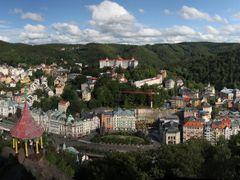 Panorama Karlovy Vary, Karlsbad by <b>picsonthemove</b> ( a Panoramio image )