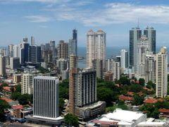 Panoramica de la ciudad de Panama by <b>jaid</b> ( a Panoramio image )