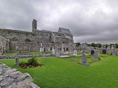 Corcomroe Abbey. by <b>Nicola e Pina Irlanda 2009</b> ( a Panoramio image )