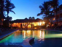 Hotel Comfort Suites by <b>Marius M.</b> ( a Panoramio image )