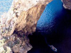 1999.07. - Malta-Gozo, Zurrieq-Blue grotto by <b>Farsang Peter</b> ( a Panoramio image )