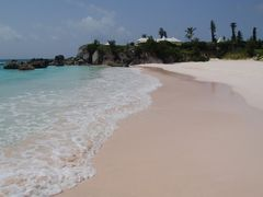 Bermudas Pink Sandy Beaches by <b>Uki Deane</b> ( a Panoramio image )