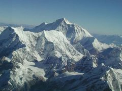 Everest - Makalu by <b>hackltom</b> ( a Panoramio image )