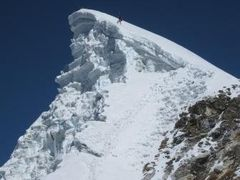 Lobuche Summit by <b>himex</b> ( a Panoramio image )