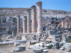 Templo de Zeus , Cyene - © rk by <b>rokaPic40666</b> ( a Panoramio image )