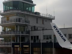 CRL, Charleroi Airport Control tower by <b>Pieter</b> ( a Panoramio image )