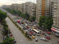 Vedere Bulevard Iuliu Maniu spre Piata Veteranilor by <b>go4panoramio</b> ( a Panoramio image )