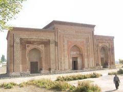 Uzgen, 11th cen Karakhanide Mausoleum by <b>milusiddique</b> ( a Panoramio image )