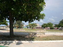 Rotonda de Guanabo by <b>kuvanito</b> ( a Panoramio image )