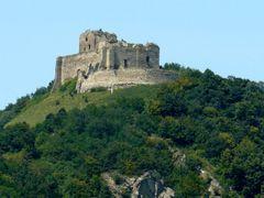 Ruiny zamku w Kapuszanach - Slowacja by <b>Krystyna Polak</b> ( a Panoramio image )