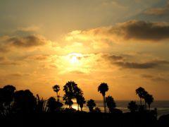 Golden Sun from Brockton Villa, La Jolla Cove, San Diego by <b>davidcmc58</b> ( a Panoramio image )