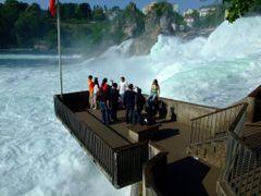 Rhine Falls by <b>Chouden Boy</b> ( a Panoramio image )