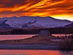 Tekapo Sunrise by <b>magiclight</b> ( a Panoramio image )