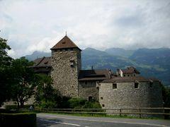 Schloss Vaduz by <b>gerrry1</b> ( a Panoramio image )
