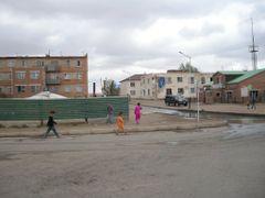 Mandalgovi street by <b>enhktuvshin</b> ( a Panoramio image )
