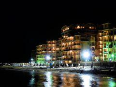 Elenite by night by <b>Maciejk</b> ( a Panoramio image )