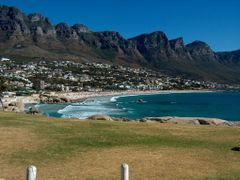 : Glen Beach,  Twelve Apostles, Cape Town by <b>Lazariparcero</b> ( a Panoramio image )
