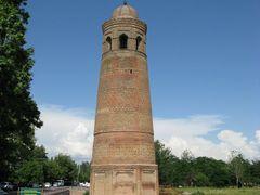 Uzgen, minaret (Qarakhanid dynasty, XII c.) by <b>igor_alay_2</b> ( a Panoramio image )