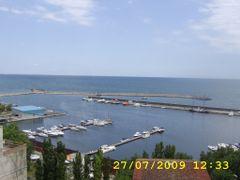Port de ambarcatiuni by <b>marcelgiosan</b> ( a Panoramio image )