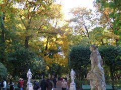 Летний сад. Центральная аллея by <b>dasaj</b> ( a Panoramio image )
