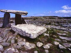 Poulnabrone dolmen, tomba megalitica 1, Burren, agosto 1996 by <b>Marco Ferrari</b> ( a Panoramio image )