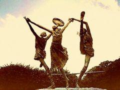 Rock of Cashel -Dancers by <b>Daniela Brocca</b> ( a Panoramio image )
