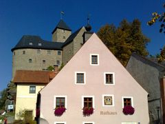 Rathaus Falkenberg / Bayern by <b>Robby-BF</b> ( a Panoramio image )