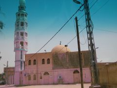 Mosque cote Hotel Tassili ex Transat ouargla by <b>abdoux</b> ( a Panoramio image )