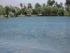 Penjikent Lake. by <b>Parviz.Tj</b> ( a Panoramio image )