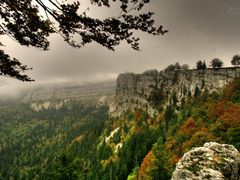 creux du van by <b>Mel</b> ( a Panoramio image )