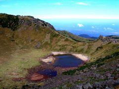 ?Top of Hallasan? by <b>?AXL?BACH?</b> ( a Panoramio image )