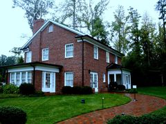 Billy Graham childhood home by <b>TimPoe</b> ( a Panoramio image )
