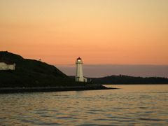 Halifax LightHouse by <b>manuamador</b> ( a Panoramio image )