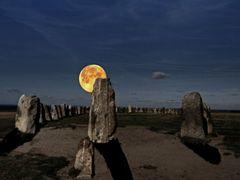 Ales stenar by <b>Hartl</b> ( a Panoramio image )