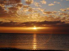 Goldensun by <b>ritli</b> ( a Panoramio image )