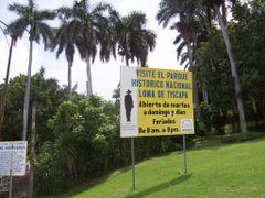 Loma de Tiscapa-Managua-Nicaragua. by <b>Jordi Font Bayo</b> ( a Panoramio image )