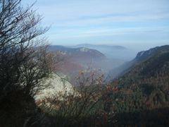 La Creux-du-Van, nebbia in Val de Travers by <b>vagod</b> ( a Panoramio image )