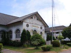 Phon Phi Sai City Hall Building in 1924  by <b>pr8ngkiet</b> ( a Panoramio image )