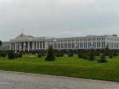 Tachkent : le Senat by <b>JLMEVEL</b> ( a Panoramio image )