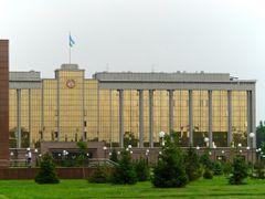 Tachkent : Palais du gouvernement by <b>JLMEVEL</b> ( a Panoramio image )